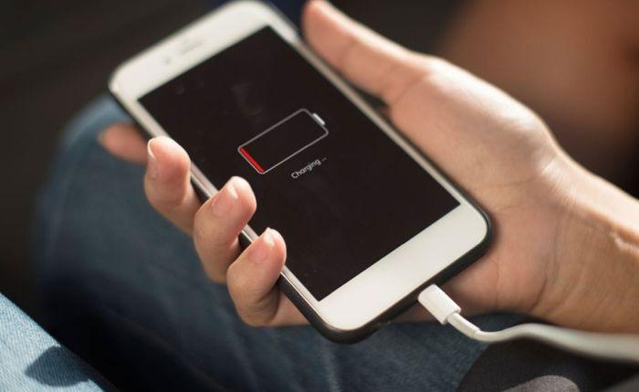 зарядка мобильного телефона