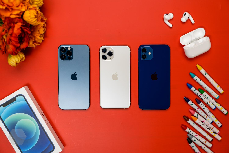 Где можно приобрести 12 iPhone дешево